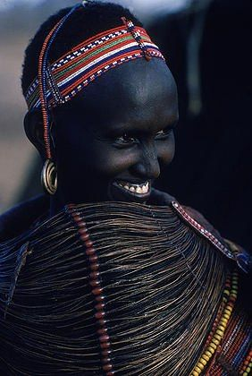 Africa | Ariaal Rendille (mix of Samburu and Rendille) woman wears an enormous necklace at her village in northern Kenya. | ©Robert Caputo