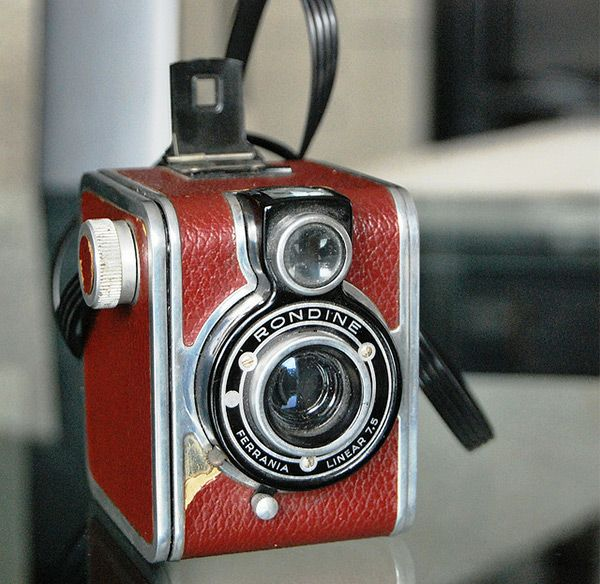Ferrania mod. Rondine in Vintage Camera Portraits