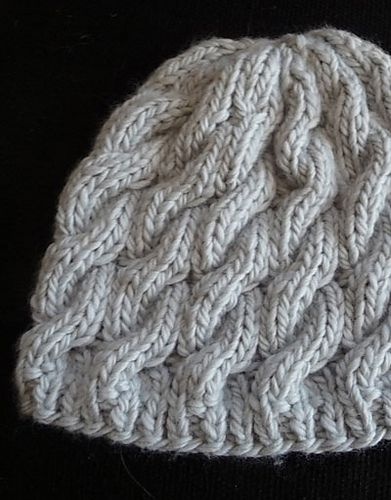 Knitting Pattern Ravelry : Made this very cute .....free pattern Knitting Pinterest Cable, Ravelry...