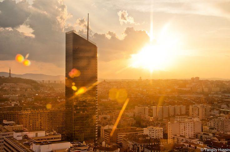 LYON | Tour Incity | Valode & Constantin | 202m | 40 étages | Construite | 2011-2015 - Page 468 - SkyscraperCity