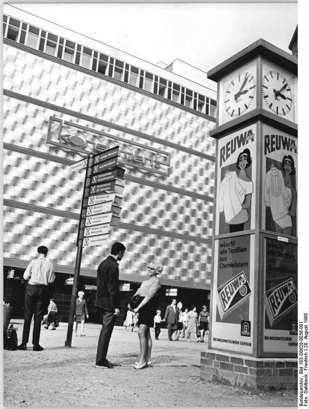 Leipzig 'Konsument' Warenhaus August 1968