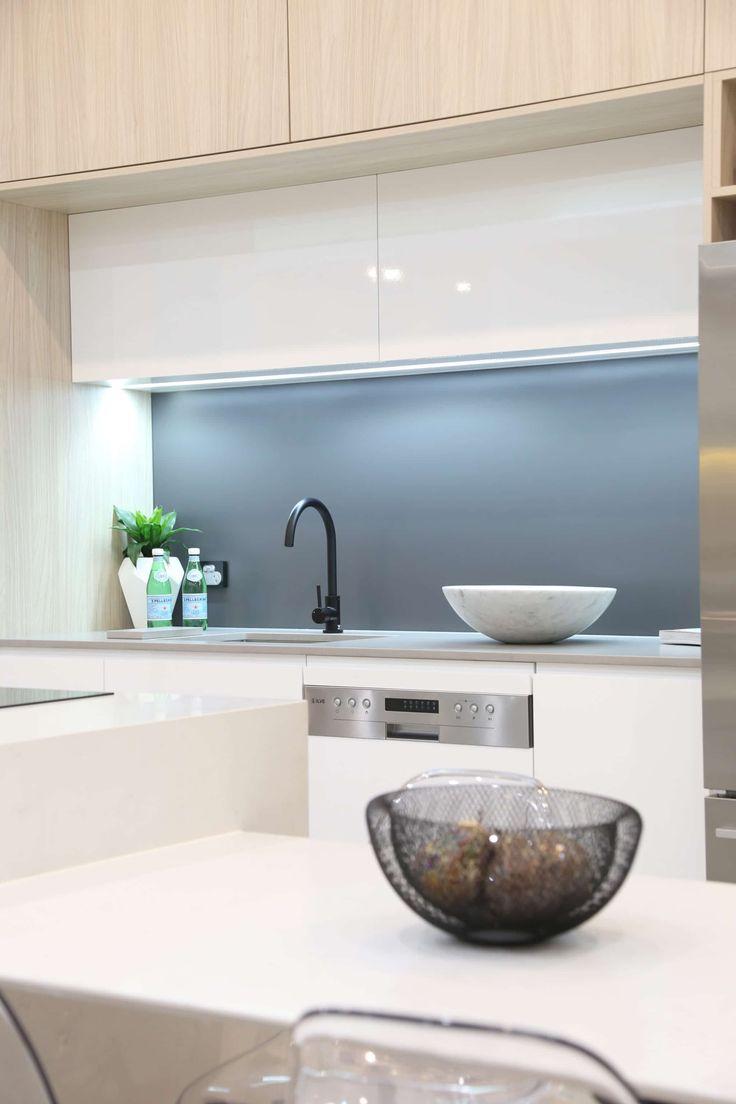 Best Victoria Color Glass Blue Grey Classic Silkymatt ™ Matte 400 x 300