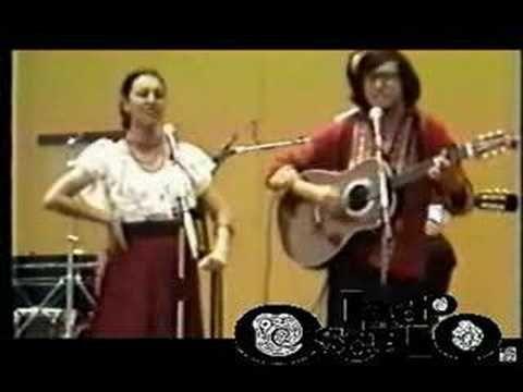 Amparo Ochoa Y Gabino Palomares Maldicion de Malinche - YouTube