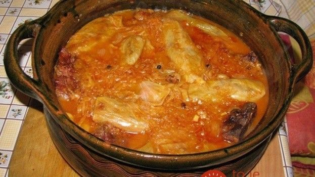 """Na svete najlepšia  """"drevorubačská"""" kapusta podľa 200 rokov starého receptu: Keď ju pripravíte na večeru svojmu mužovi, musí vás nosiť na rukách!"""