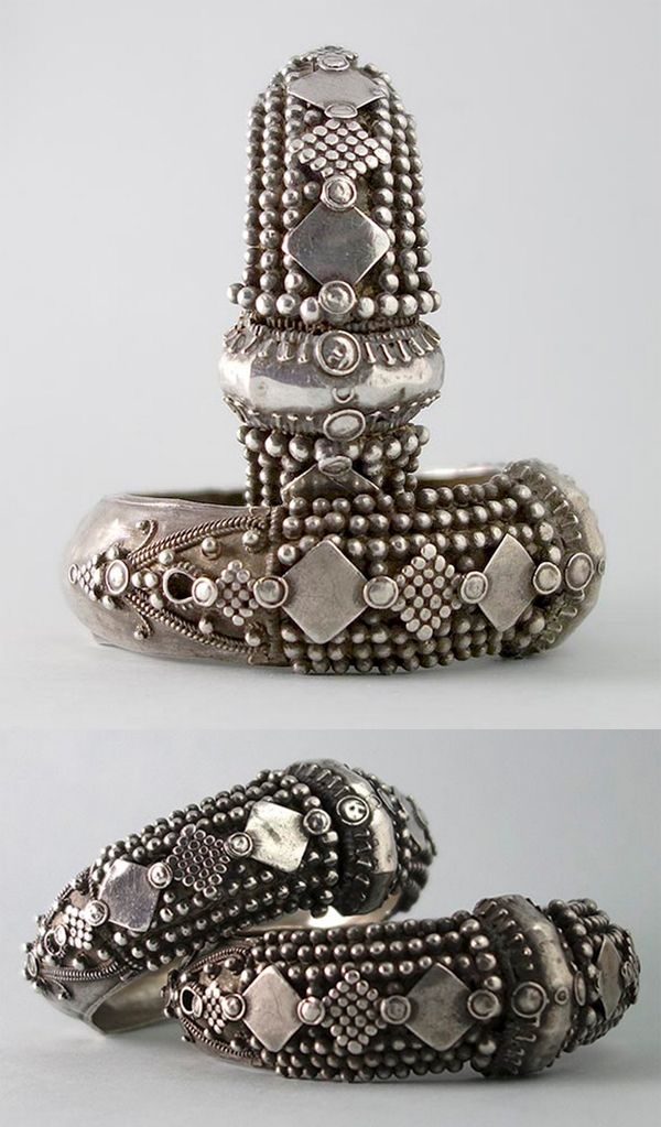 India | Pair of antique silver bangles from Tamil Nadu, from Coimbatore city