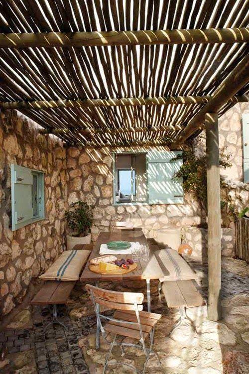 Oltre 25 fantastiche idee su arredamento veranda cortile for Planimetrie del cottage del cortile