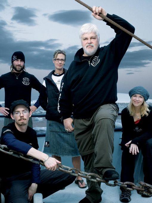 Capitaine Paul Watson et l'équipe de The Sea Shepherd