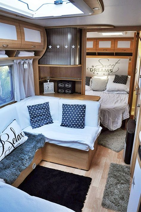 die besten 25 wohnwagen umbauen ideen auf pinterest vw. Black Bedroom Furniture Sets. Home Design Ideas