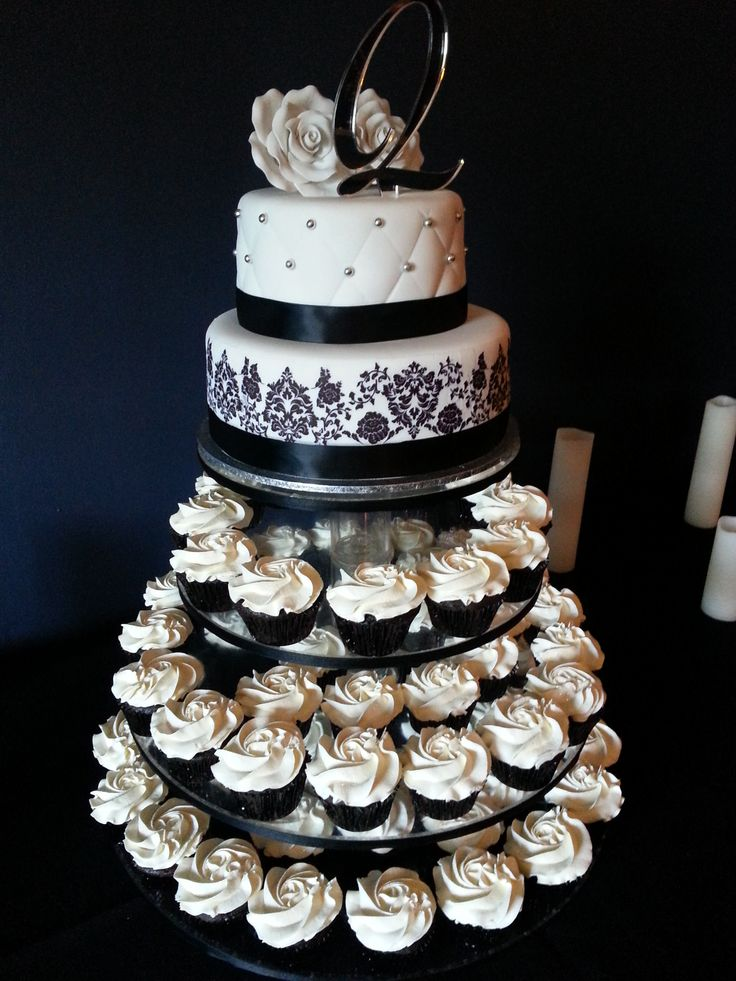 black and white wedding cakes cupcakes black amp white wedding cupcake tower by american cupcake 11848