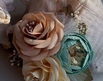 Ramilletes de flores  flor en el ojal  papel flores  bodas