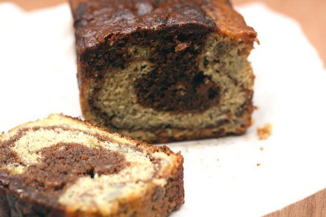 Panqué marmoleado de plátano y Nutella: Mantequilla con azúcar