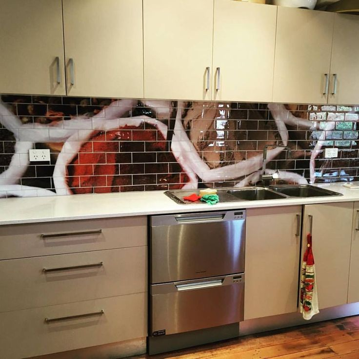 1000 splashback ideas on pinterest kitchen splashback for Splashback tiles kitchen ideas