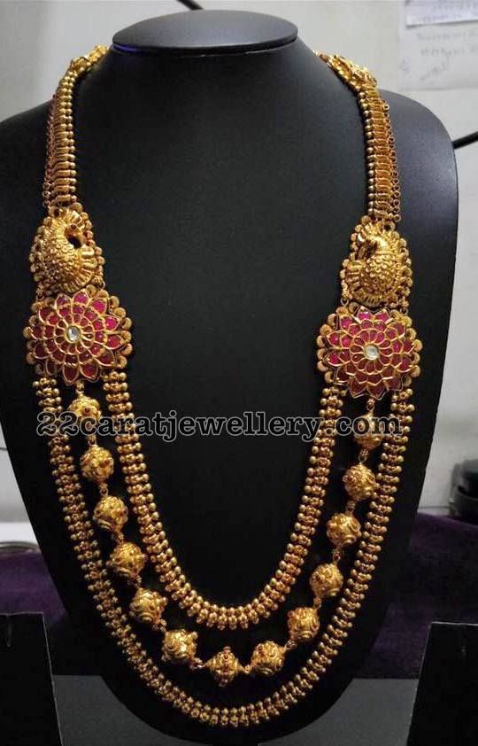 d32aa2596 The three layered gold necklace serves as a complete need of a heavy  jewellery to be given in thew wedding. With its pure manufacture of 22  karat gold, ...