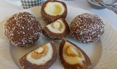 Božské sladké jednohubky. Kokosové kuličky, které nejen dobře vypadají, ale také skvěle chutnají.