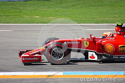 F1 Ferrari : Kimi Raikkonen - Formula One Car Photos