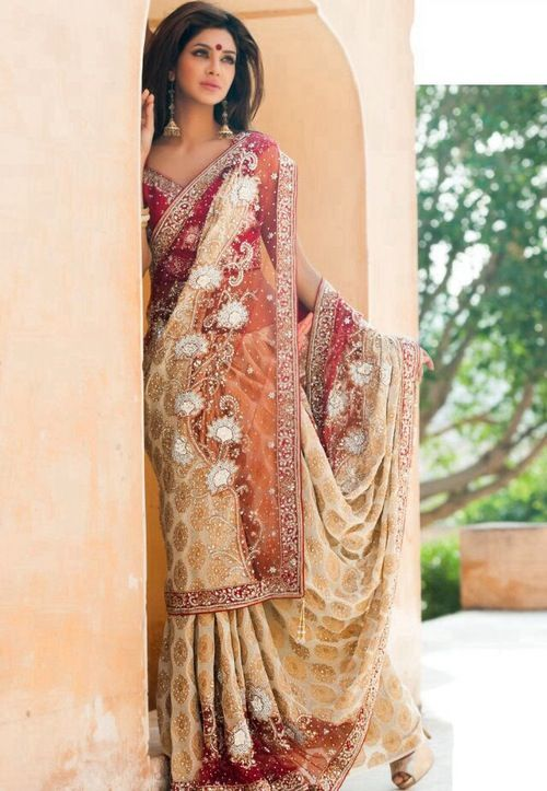 Indian sari model modeling pinterest models indian saris and saris - Dressing modellen ...