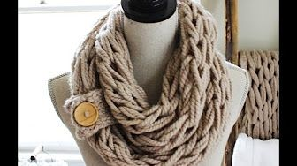 DIY Arm Knitting - 30 Minute Infinity Scarf - YouTube