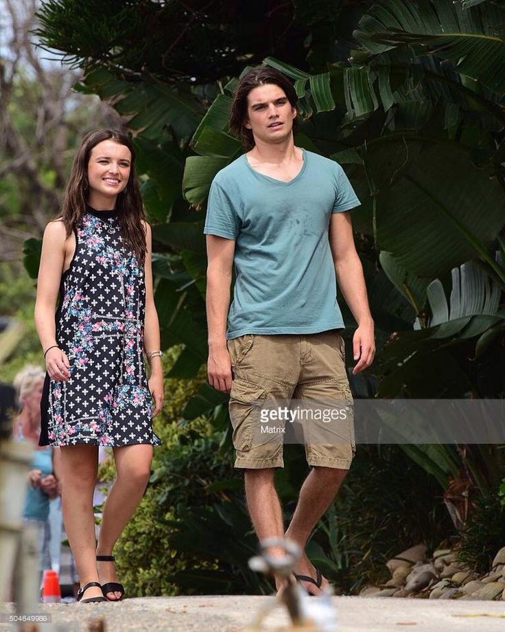 Evie and Josh, so cute together!!!! >3