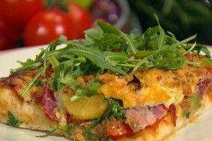 Vleeschwaar gezonde pizza recept vleeswaren salami ham paprika