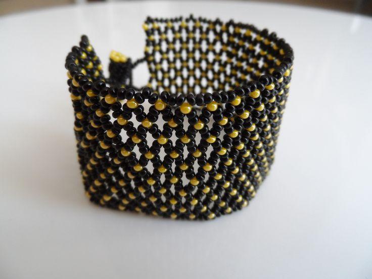 netted bracelet