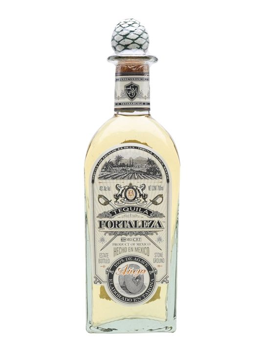 The Fortaleza range is an top-quality range of Tequilas. The Añejo is aged for 18 months in American oak, resulting in an unrivalled richness and notes of butterscotch, toffee, citrus and hazelnuts.