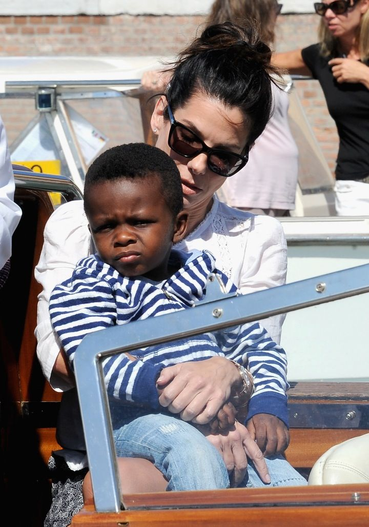 Aww: Sandra Bullock is a Super Mom to Her 5-Year-Old Son Louis