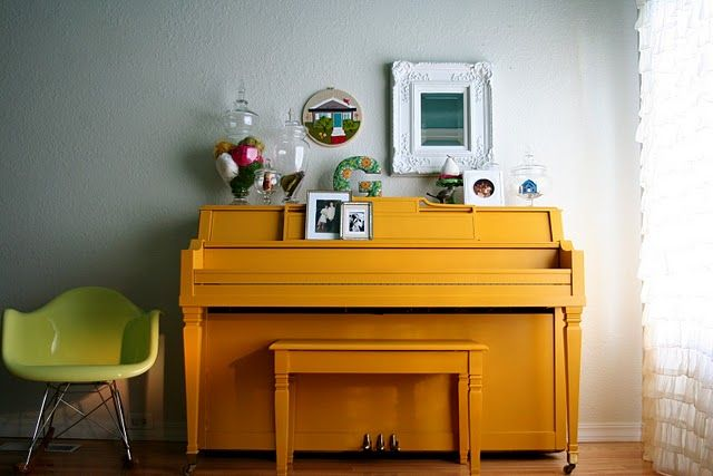 fixed up piano- again, gorgeous use of color on a piano that had no inlaid wood paneling- this is the way to go.