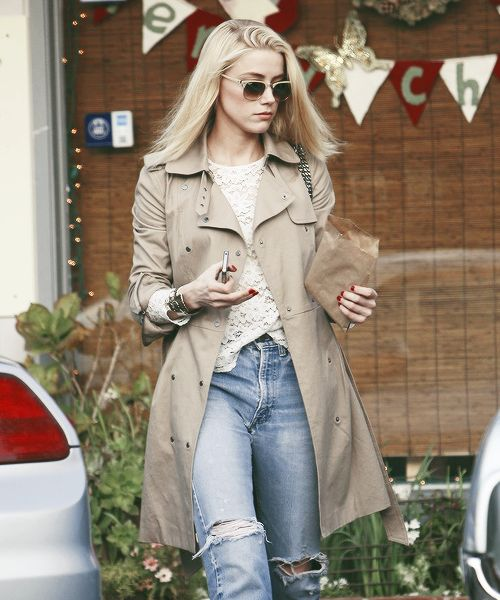 Amber heard, shes bisexual