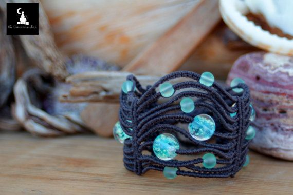 Check out this item in my Etsy shop https://www.etsy.com/listing/225456092/macrame-bracelet-with-glow-in-the-dark