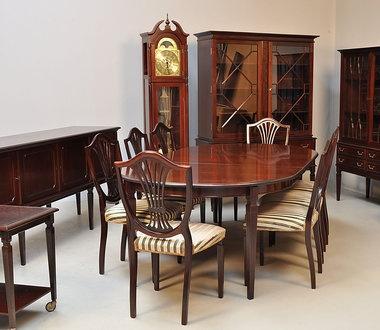 M s de 1000 im genes sobre muebles ingleses en pinterest for Sillones clasicos ingleses