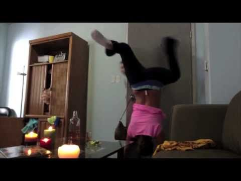 OFFICIAL VIRAL: WHITE GIRL TWERKING EPIC FAIL -  ** Girl Catches On Fire ** lol to funny