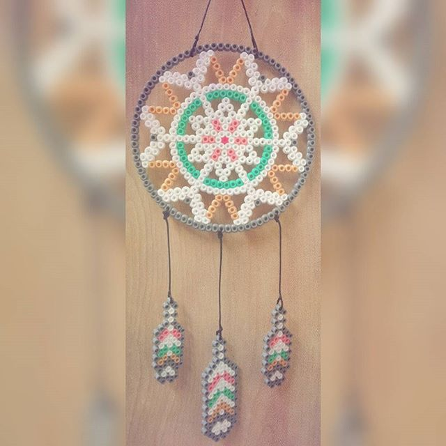 Dreamcatcher hama beads by _calluna_
