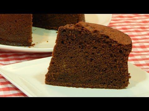 Bizcocho de chocolate esponjoso receta fácil paso a paso - YouTube