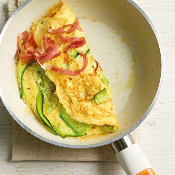 ESSEN & TRINKEN - Zucchini-Omelett Rezept