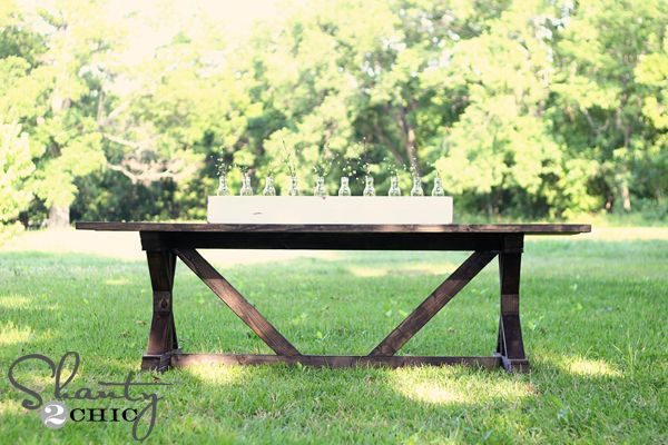 Happy Monday friends! Come check out my AMAZING DIY dining table!! I am sooooo excited to share the newest Ana White plans with you guys today!  This is my very favorite build yet! I have been in serious need for an outdoor table to seat my family of 7.  When we stumbled upon a beautiful, {...Read More...}