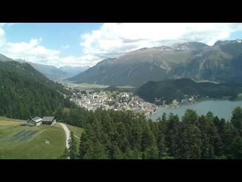 ▶ Schweizer Alpen: Blick auf St. Moritz und Umgebung bei der Fahrt mit der Signalbahn (Sommer) - YouTube