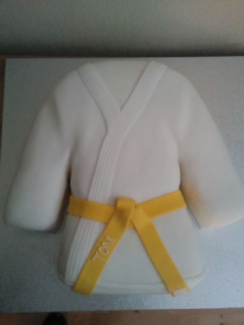 Karate Themed Cakes | Karate Judo Novelty Birthday Cake | Susie's Cakes