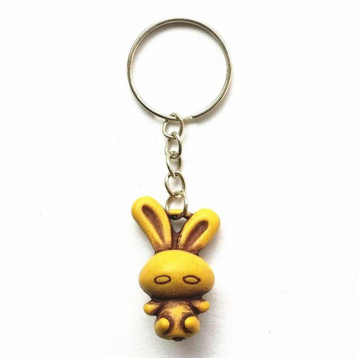 Keychain Chain Currently Retro Cute Little Bunny Keychain Creative Jewelry Wood