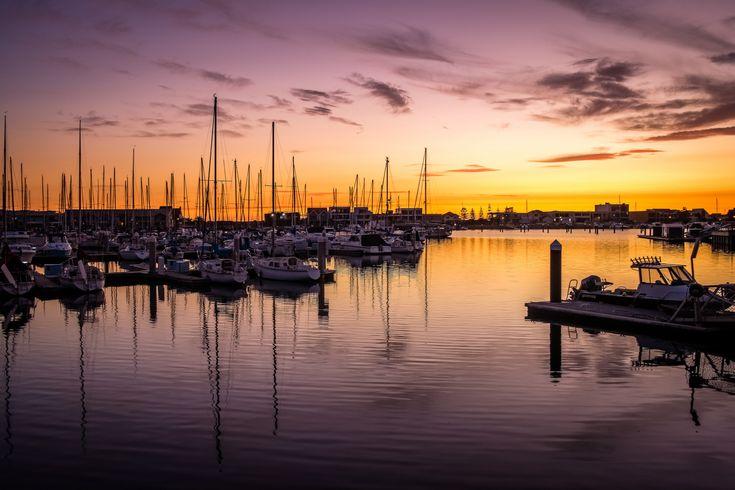 https://flic.kr/p/24je15S   North Haven Marina Melts   North Haven Marina fading away in the evening sunset