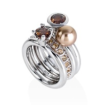 Amore & Baci golden/brown stackable rings