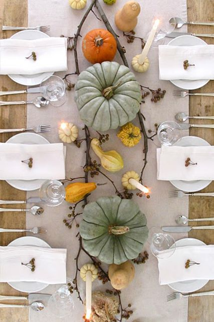 Fall tablescape, love the fairytale pumpkins combined with the gourds and the mini pumpkins used as candle holders.