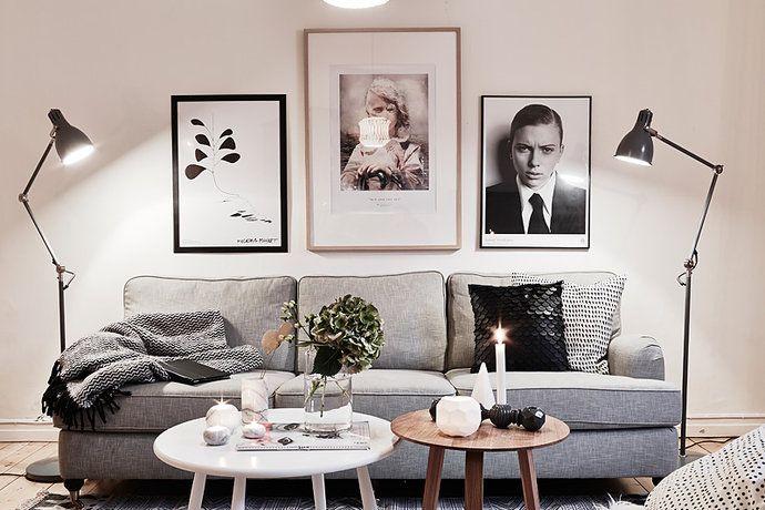 Bilder, Vardagsrum, Soffa, Grått, Golvlampa, Soffbord, Tavlor, svartvitt - Hemnet Inspiration