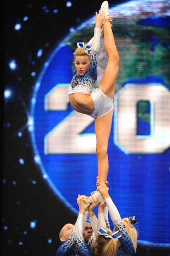 CheerAthletics <33  My 5 Year old Daughter Has to do this in compition in year