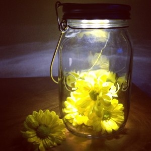 Consol Solar Jar with yellow sunshine daisies by Rattle and Mum