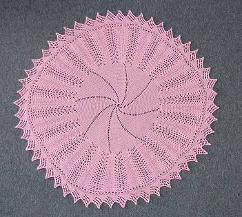 Knitting Patterns For Circular Shawls : 214 best images about Baby Shawls on Pinterest Knitted shawls, Crochet baby...
