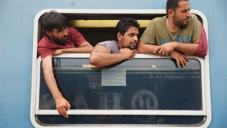 Dank neuer Asylregelung. Die Einteilung der Fahrgäste erfolgt nach rassischen Kriterien.