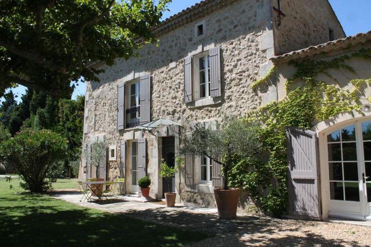 Vue extérieure de la location Location Maison 80453 Saint Rémy de Provence
