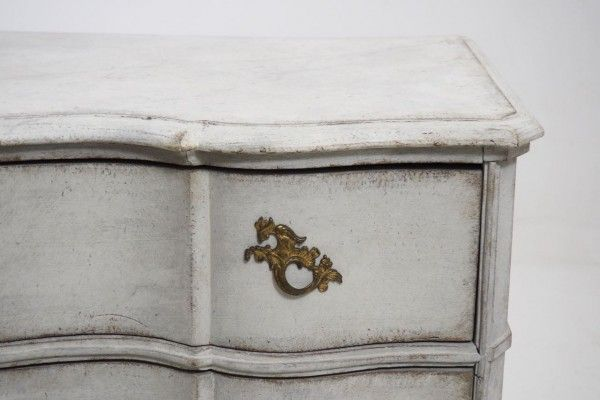 Antique Scandinavian Chest of Drawers, 1750 7