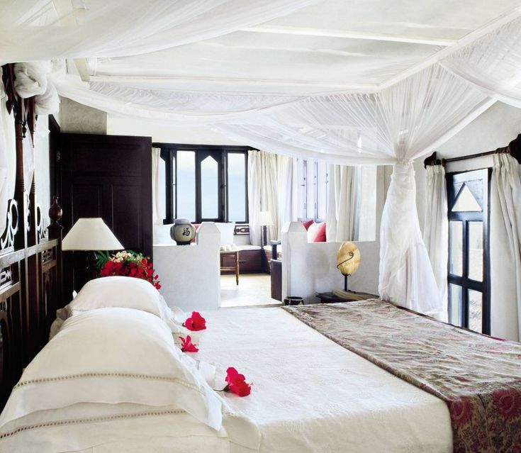 Exotic bedroom by e claudio modola and na in lamu kenya for Bedroom designs in kenya