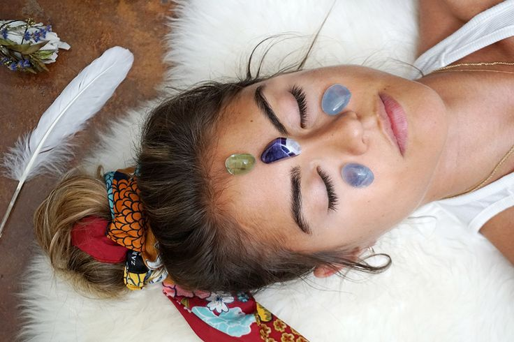 Stress Free Crystal Facial Grid with Fluorite, Amethyst + Celestite
